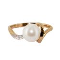 Золото кольцо  жемчуг и фианиты  Ювелирная компания МАБЭ