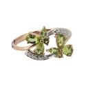 Кольцо  золото,  хризолиты, фианиты.  Ювелирная компания