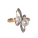 Кольцо  золото,  жемчуг, бриллианты.  Ювелирная компания