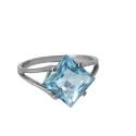 Серебро кольцо, голубой топаз. Ювелирная компания