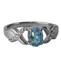 Серебро кольцо голубой топаз,  фианиты. Ювелирная компания