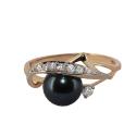 Кольцо, золото, черный жемчуг, фианиты.  Ювелирная компания