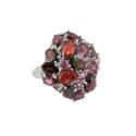 Кольцо  серебро, гранат, родолит, фианиты.  Ювелирная компания