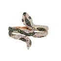 Кольцо,  золото, зеленые  и белые фианиты.  Ювелирная компания