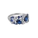 Кольцо, серебро, белые и синие фианиты. Ювелирная компания