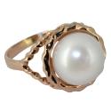 Золотое кольцо с жемчугом Ювелирная компания МАБЭ