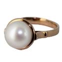Золотое кольцо с культивированным жемчугом Ювелирная компания МАБЭ